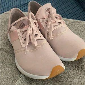 New Balance Fuel Core Nergize tennis shoe